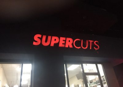 supercuts-light-up-sign