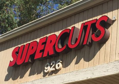supercuts-sign
